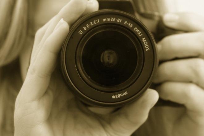 photographer_camera_lens